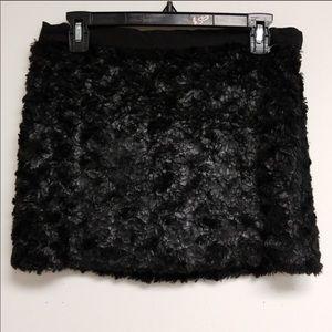 Elizabeth and James faux fur mini skirt size 2